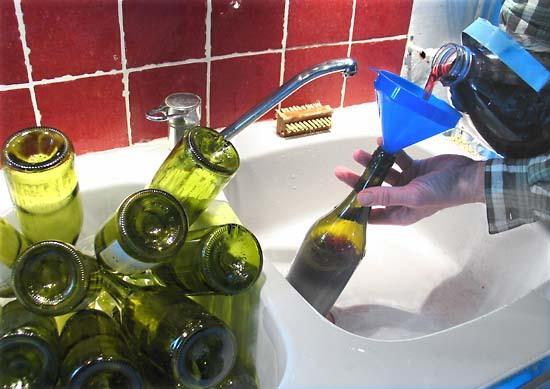 Home_bottling_filling
