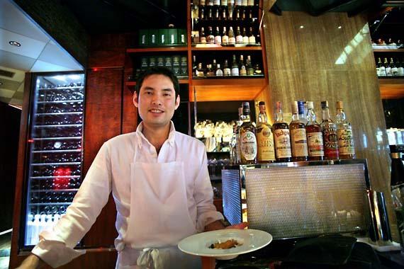 Roppongi_wine_bar_cook