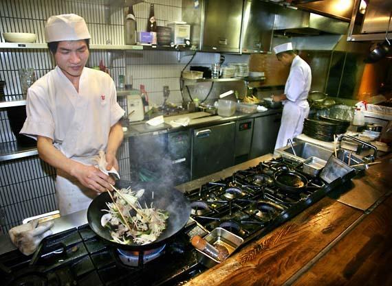 Tengu_restaurants_cook