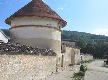 Flavigny_tower